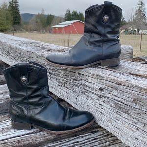Frye Melissa Short Leather Boots